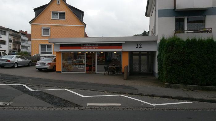 http://www.phoenix-ma.de/name/Weilbach/Exp_Bilder/Lindenmayer_Stadtbaeck/28_1.jpg